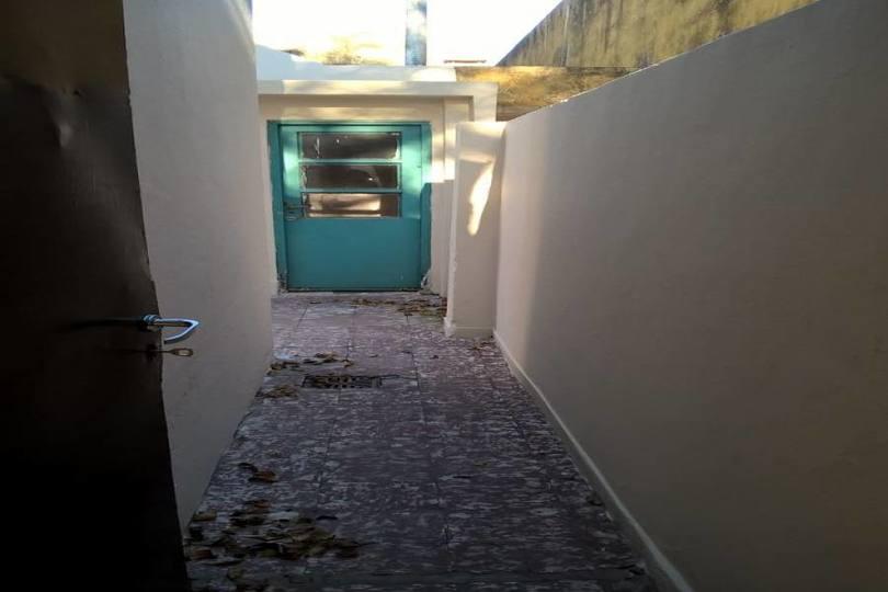 Flores,Capital Federal,2 Habitaciones Habitaciones,1 BañoBaños,PH Tipo Casa,CASTAÑON,1070