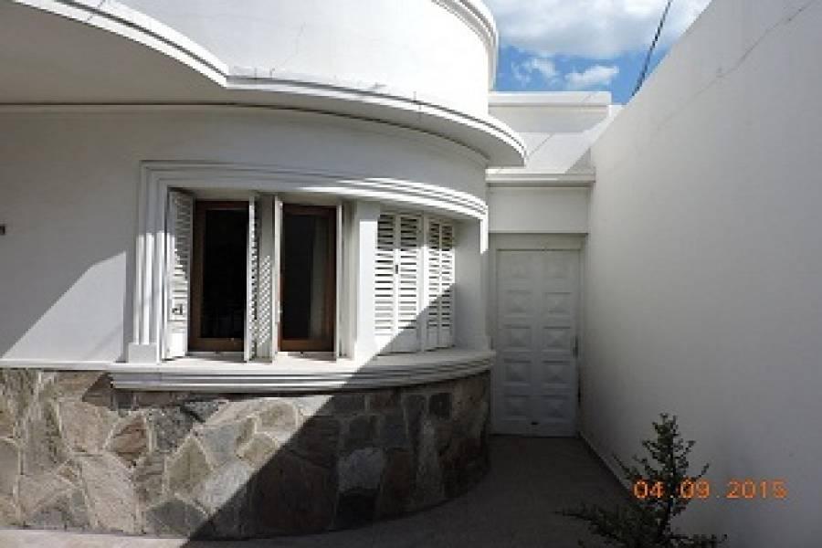 IMPERDIBLE! VEA MAS INFO...,3 Habitaciones Habitaciones,2 BañosBaños,Casas,1095