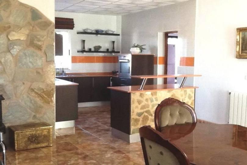 Villena,Alicante,España,5 Habitaciones Habitaciones,2 BañosBaños,Fincas-Villas,2171