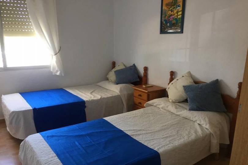 Elche,Alicante,España,4 Habitaciones Habitaciones,2 BañosBaños,Fincas-Villas,2200