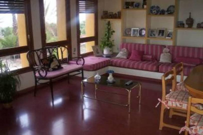 Elche,Alicante,España,4 Habitaciones Habitaciones,3 BañosBaños,Fincas-Villas,2250