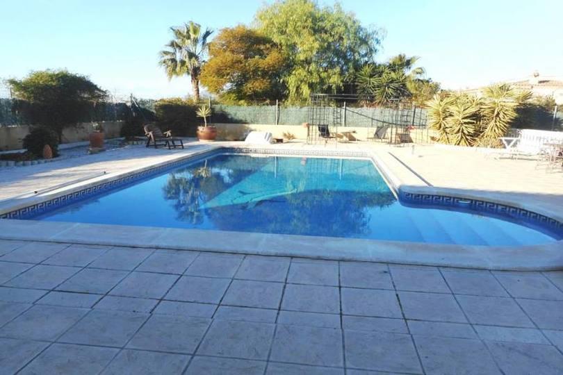 Catral,Alicante,España,4 Habitaciones Habitaciones,4 BañosBaños,Fincas-Villas,2252