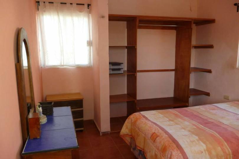 Mérida,Yucatán,México,3 Habitaciones Habitaciones,3 BañosBaños,Casas,25A Fracc.Pensiones,2368