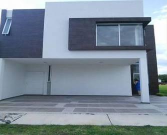 León,Guanajuato,México,3 Habitaciones Habitaciones,2 BañosBaños,Casas,2726