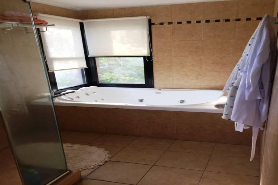 Malvinas Argentinas,Buenos Aires,Argentina,3 Habitaciones Habitaciones,3 BañosBaños,Casas,GUAYAQUIL,2832