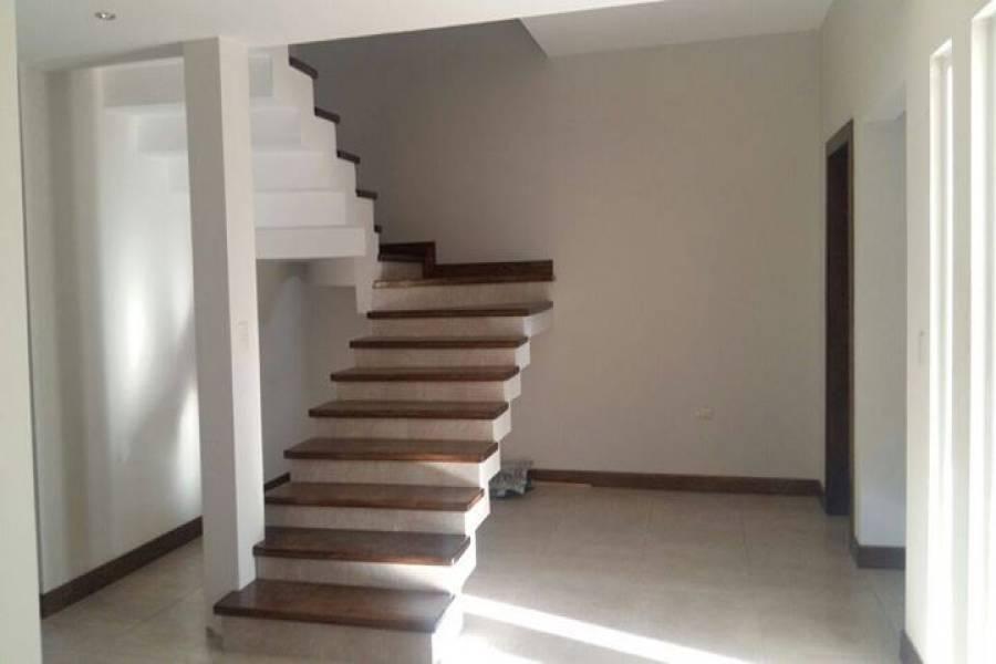 IMPERDIBLE! VER INFO...,3 Habitaciones Habitaciones,2 BañosBaños,Casas,2,2895