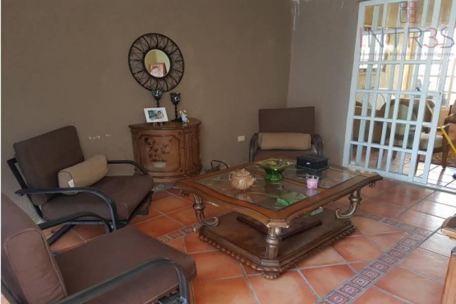 Mérida,Yucatán,México,3 Habitaciones Habitaciones,3 BañosBaños,Casas,VISTA ALEGRE NORTE,2974
