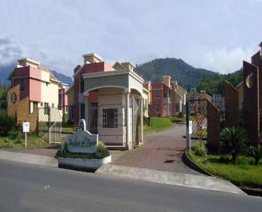 MACAS,MORONA SANTIAGO,Ecuador,3 Habitaciones Habitaciones,2 BañosBaños,Casas,JARDINES DEL ROCIO,Via Sucua Macas,2,3535