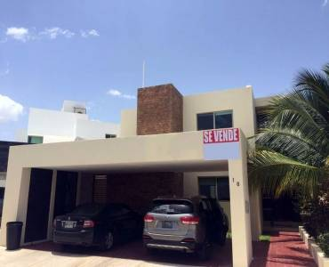 Mérida,Yucatán,Mexico,4 Bedrooms Bedrooms,4 BathroomsBathrooms,Casas,4001