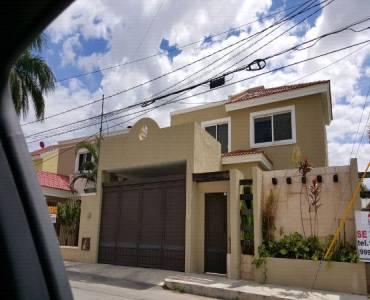 Mérida,Yucatán,Mexico,4 Bedrooms Bedrooms,Casas,4665