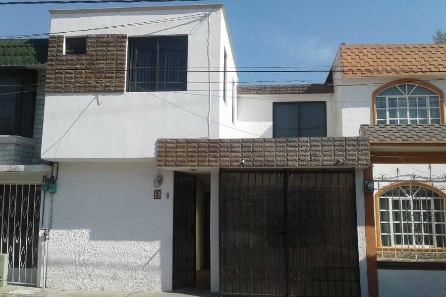 Ecatepec de Morelos,Estado de Mexico,Mexico,6 Bedrooms Bedrooms,2 BathroomsBathrooms,Casas,Privada Palmas,4829