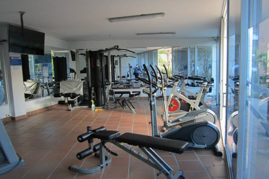 Cali,Valle del Cauca,Colombia,3 Bedrooms Bedrooms,2 BathroomsBathrooms,Apartamentos,1b oeste,5420