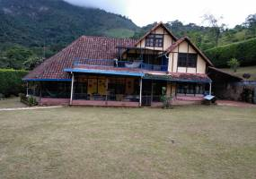 Cali,Valle del Cauca,Colombia,6 Bedrooms Bedrooms,4 BathroomsBathrooms,Casas,5422