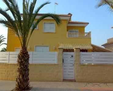 La Hoya,Alicante,España,4 Habitaciones Habitaciones,3 BañosBaños,Casas,1680