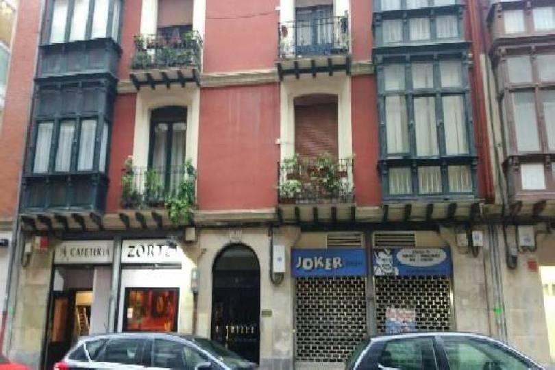 Bilbao,Vizcaya / Bizkaia,España,1 BañoBaños,Locales,1709