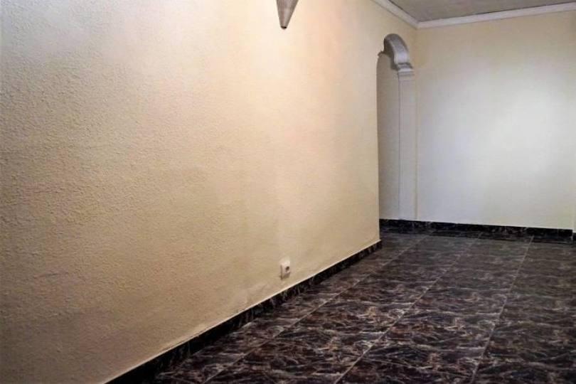 Dénia,Alicante,España,4 Bedrooms Bedrooms,1 BañoBathrooms,Pisos,9989