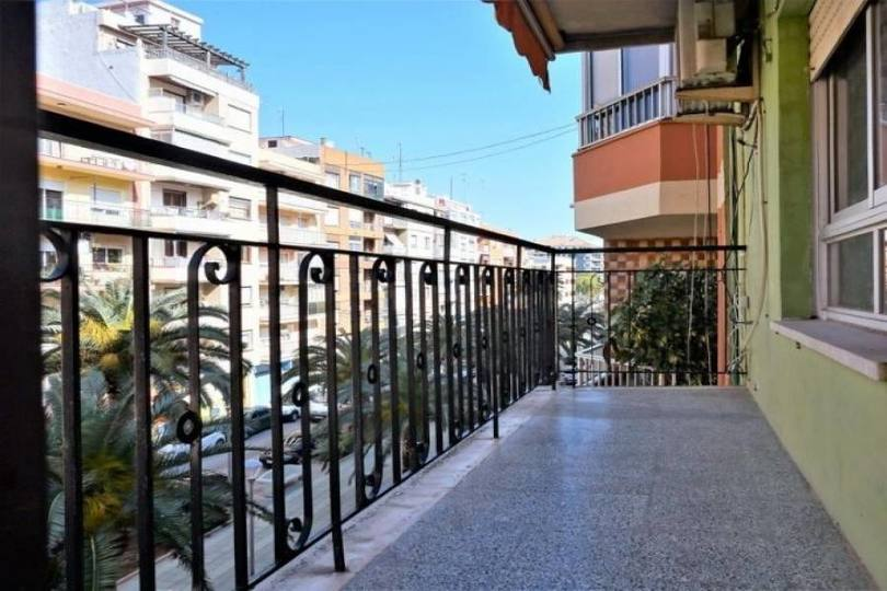 Dénia,Alicante,España,3 Bedrooms Bedrooms,1 BañoBathrooms,Pisos,9994