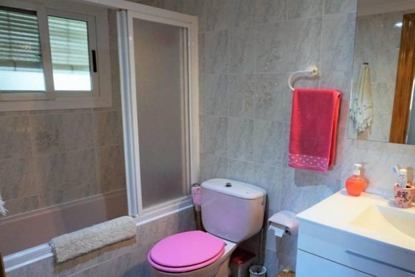 Dénia,Alicante,España,3 Bedrooms Bedrooms,1 BañoBathrooms,Pisos,10002