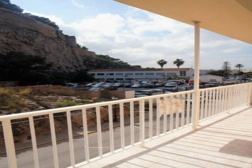Dénia,Alicante,España,4 Bedrooms Bedrooms,2 BathroomsBathrooms,Pisos,10010