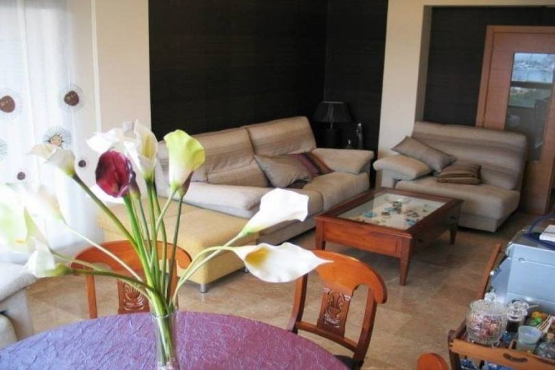 Dénia,Alicante,España,3 Bedrooms Bedrooms,2 BathroomsBathrooms,Pisos,10044
