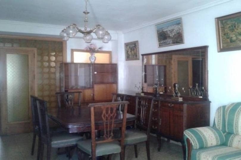 Alcoy-Alcoi,Alicante,España,3 Bedrooms Bedrooms,1 BañoBathrooms,Pisos,10050