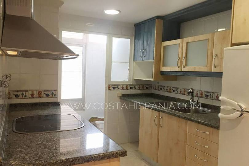 Alicante,Alicante,España,3 Bedrooms Bedrooms,2 BathroomsBathrooms,Pisos,10191