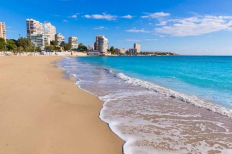 Alicante,Alicante,España,3 Bedrooms Bedrooms,1 BañoBathrooms,Pisos,10206