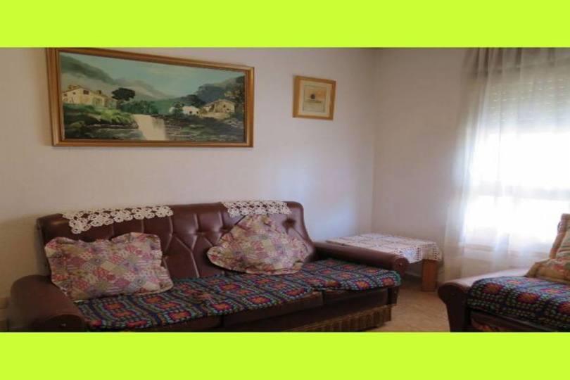 Alicante,Alicante,España,4 Bedrooms Bedrooms,1 BañoBathrooms,Pisos,10208