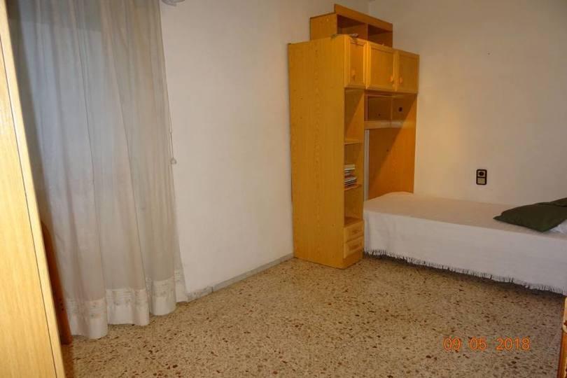 Alicante,Alicante,España,4 Bedrooms Bedrooms,2 BathroomsBathrooms,Pisos,10217