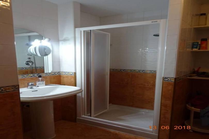 Alicante,Alicante,España,3 Bedrooms Bedrooms,2 BathroomsBathrooms,Pisos,10229