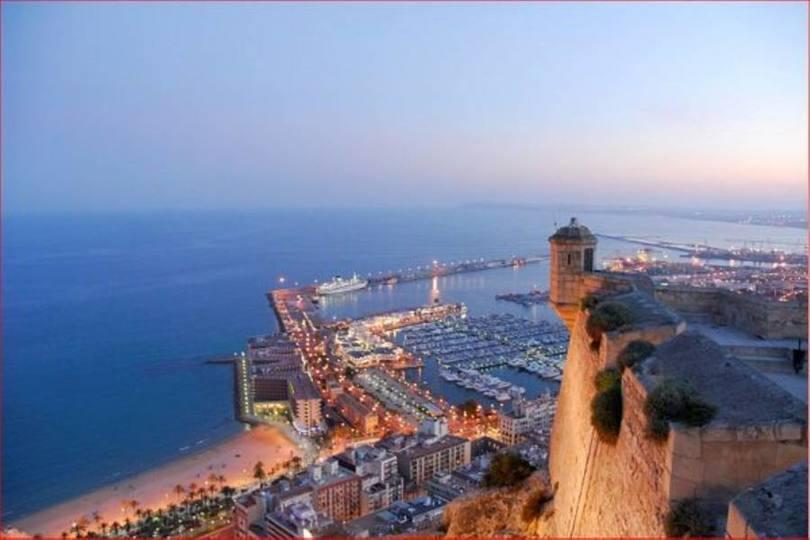 Alicante,Alicante,España,2 Bedrooms Bedrooms,2 BathroomsBathrooms,Pisos,10243