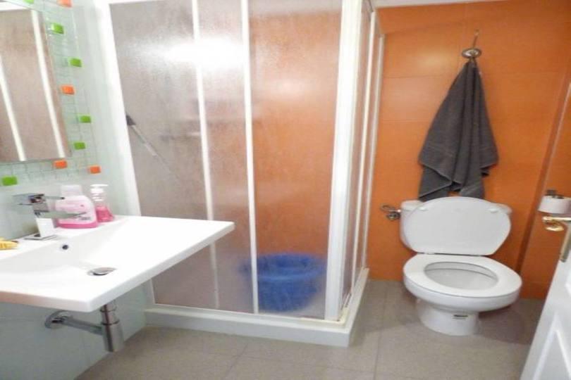 Torrevieja,Alicante,España,1 BañoBathrooms,Pisos,10250