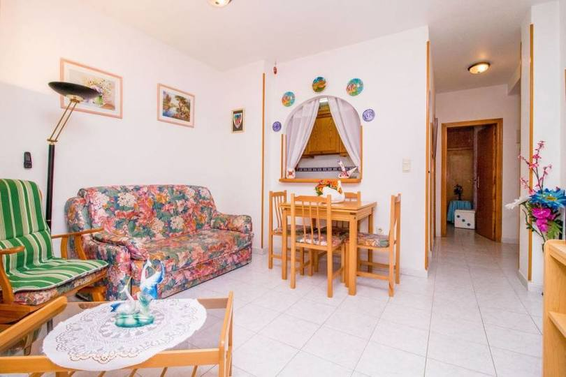 Torrevieja,Alicante,España,3 Bedrooms Bedrooms,1 BañoBathrooms,Pisos,10253