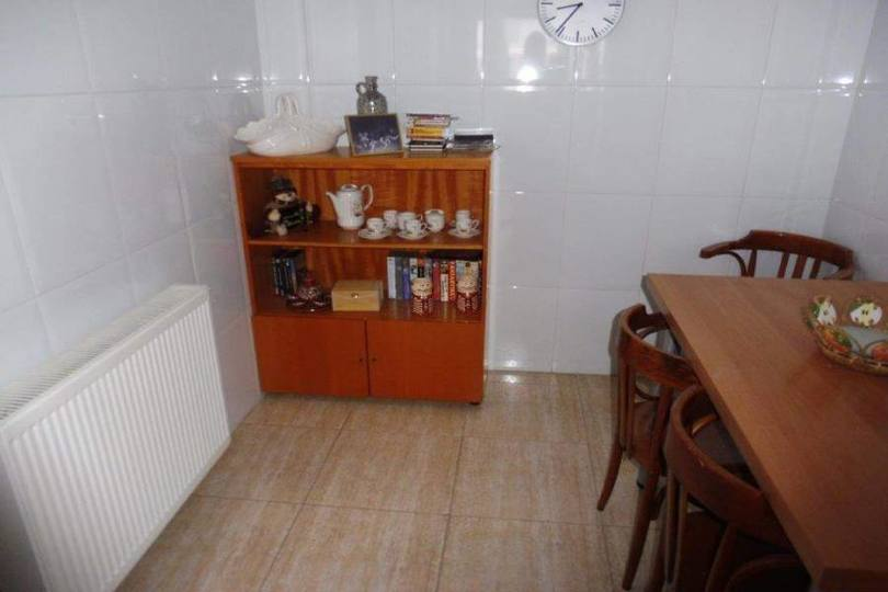Alcoy-Alcoi,Alicante,España,3 Bedrooms Bedrooms,2 BathroomsBathrooms,Pisos,10271