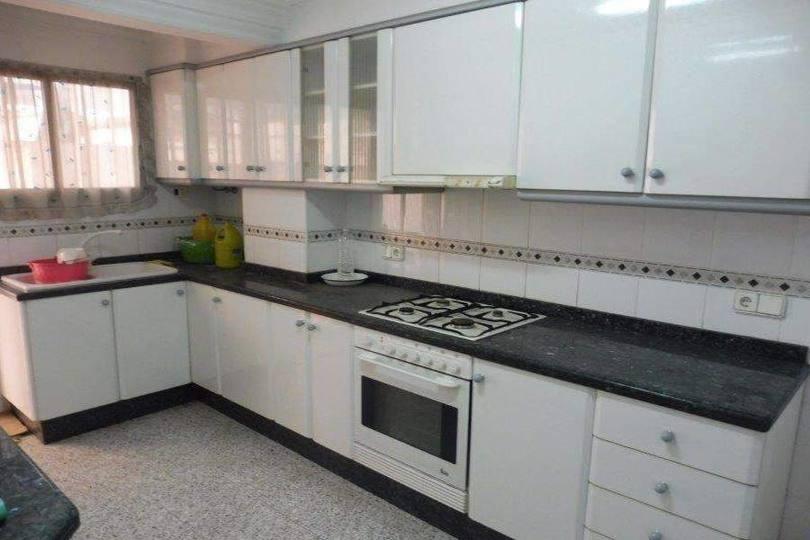 Alcoy-Alcoi,Alicante,España,4 Bedrooms Bedrooms,1 BañoBathrooms,Pisos,10299