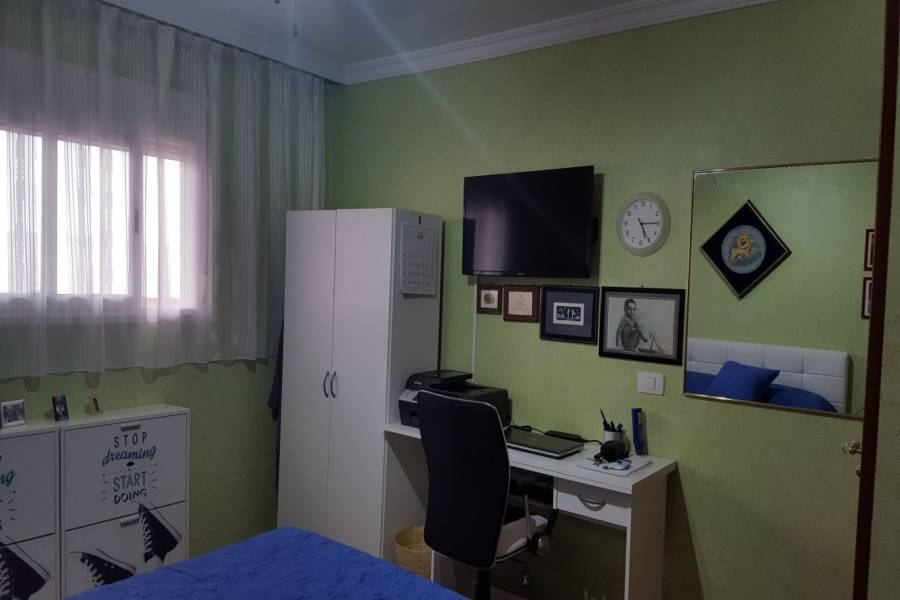 IMPERDIBLE! VER INFO...,2 Bedrooms Bedrooms,1 BañoBathrooms,Apartamentos,Cahice,2,10469