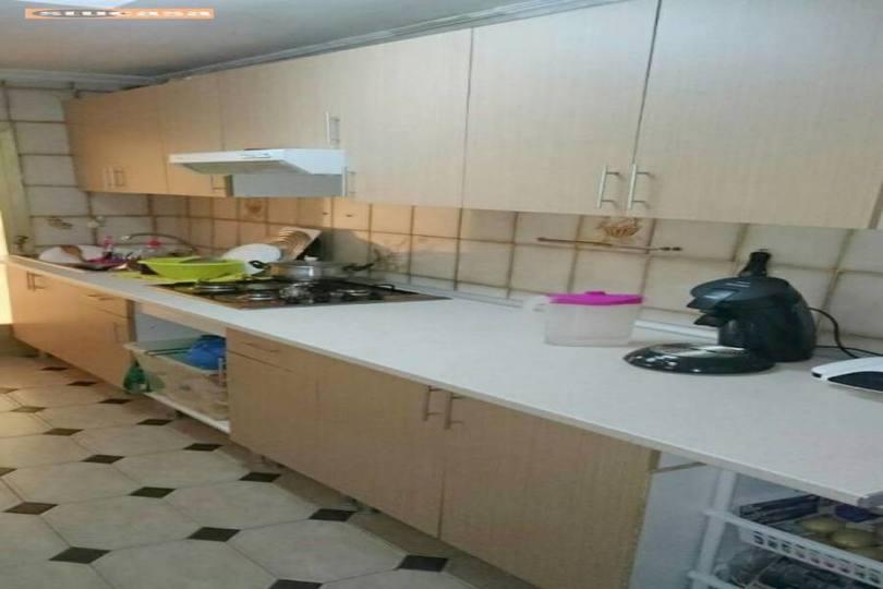 Alicante,Alicante,España,3 Bedrooms Bedrooms,1 BañoBathrooms,Pisos,11560
