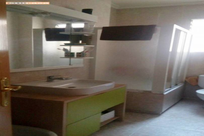 Alicante,Alicante,España,3 Bedrooms Bedrooms,1 BañoBathrooms,Pisos,11563