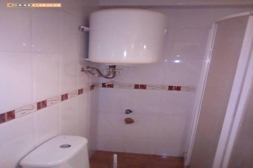 Alicante,Alicante,España,1 Dormitorio Bedrooms,1 BañoBathrooms,Pisos,11570