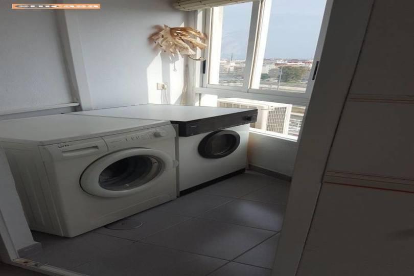 Alicante,Alicante,España,3 Bedrooms Bedrooms,2 BathroomsBathrooms,Pisos,11579