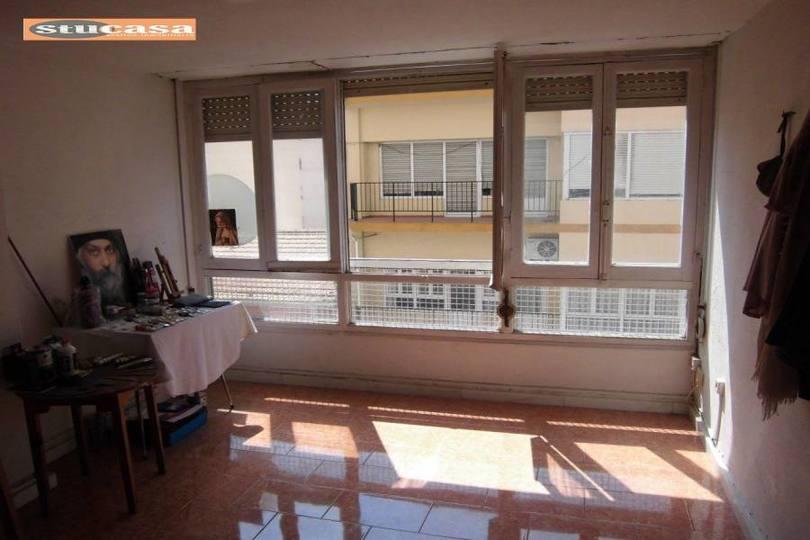 Alicante,Alicante,España,5 Bedrooms Bedrooms,2 BathroomsBathrooms,Pisos,11586