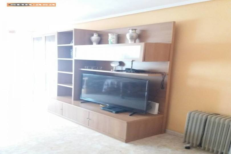 Alicante,Alicante,España,3 Bedrooms Bedrooms,1 BañoBathrooms,Pisos,11588