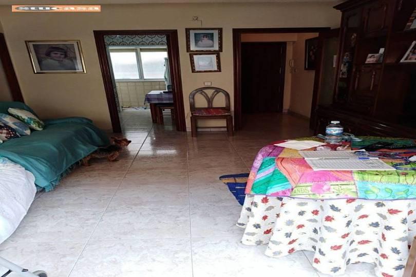 Alicante,Alicante,España,3 Bedrooms Bedrooms,1 BañoBathrooms,Pisos,11596