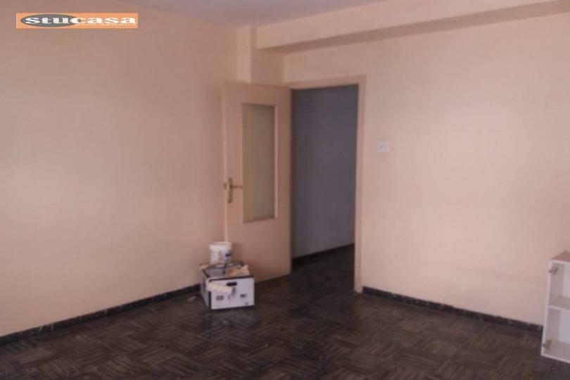 Alicante,Alicante,España,3 Bedrooms Bedrooms,1 BañoBathrooms,Pisos,11598