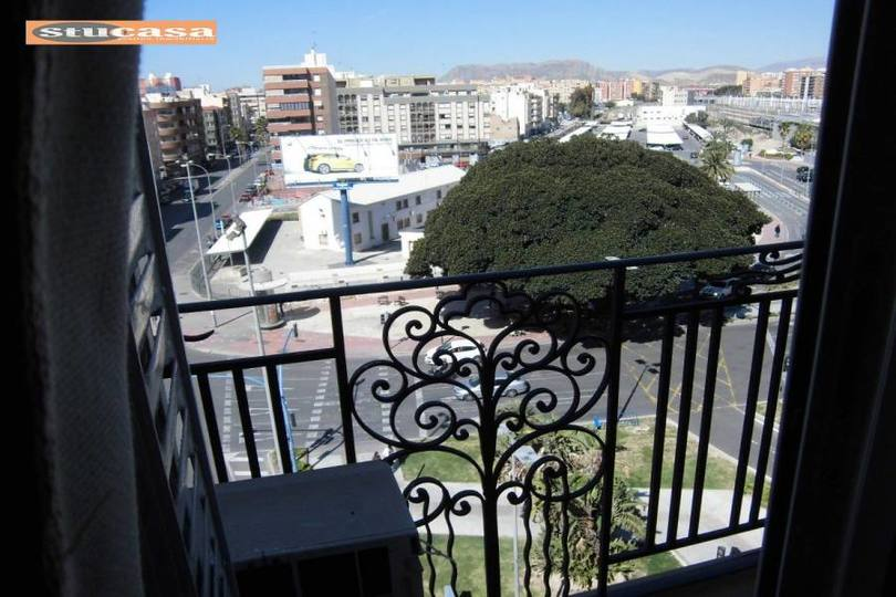 Alicante,Alicante,España,4 Bedrooms Bedrooms,2 BathroomsBathrooms,Pisos,11605
