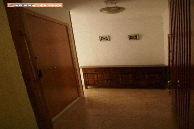Alicante,Alicante,España,3 Bedrooms Bedrooms,1 BañoBathrooms,Pisos,11610