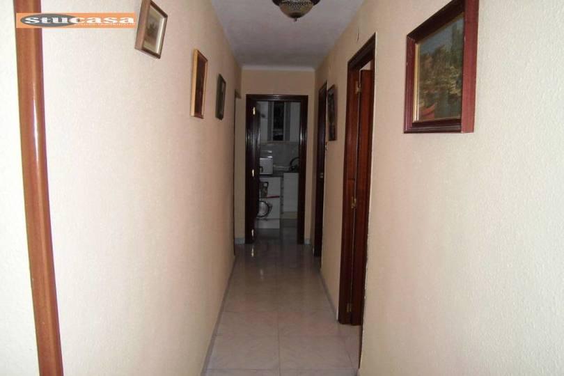 Alicante,Alicante,España,2 Bedrooms Bedrooms,1 BañoBathrooms,Pisos,11611