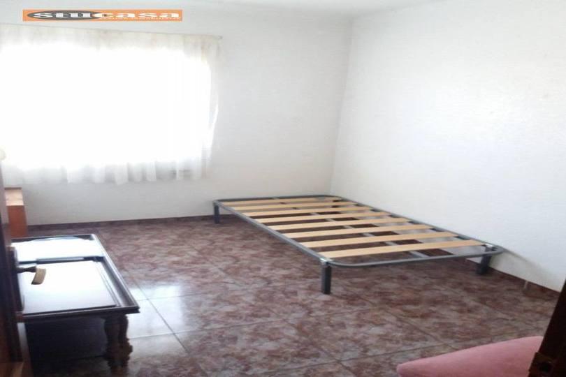 Alicante,Alicante,España,3 Bedrooms Bedrooms,1 BañoBathrooms,Pisos,11612