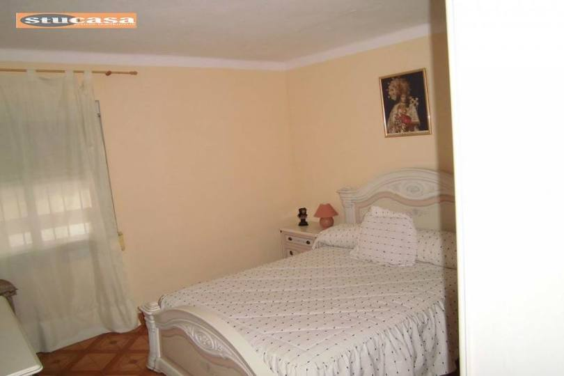 Alicante,Alicante,España,3 Bedrooms Bedrooms,1 BañoBathrooms,Pisos,11614