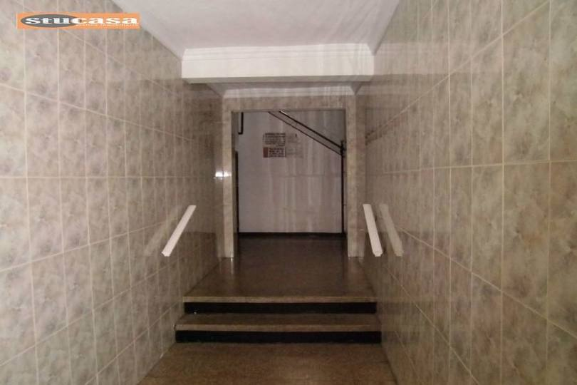 Alicante,Alicante,España,3 Bedrooms Bedrooms,1 BañoBathrooms,Pisos,11615